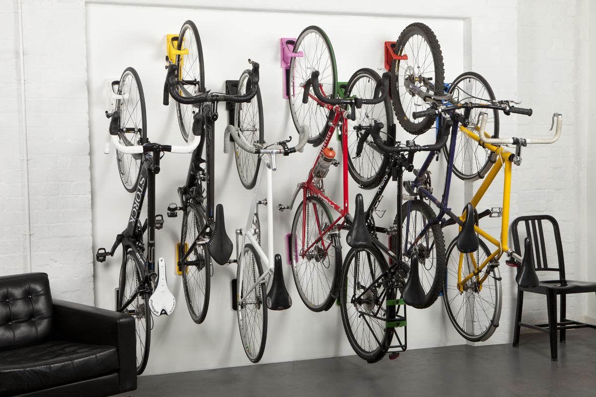Крепление велосипедов на стену
